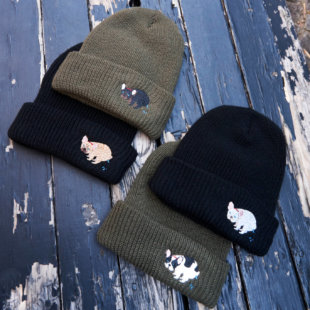 POOPING KNIT CAP[PEGION × French Bulldog Life]